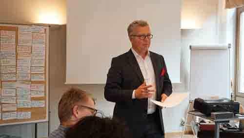 Verkaufstraining Mit Vertriebstrainer Stephan Heinrich