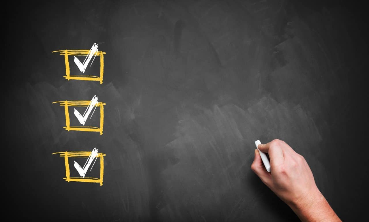 Make a Checklist © Fotolia 2015 / fotogestoeber